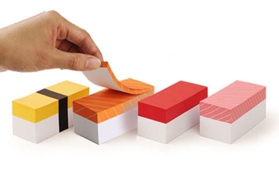 bloco de papel em formato sushi