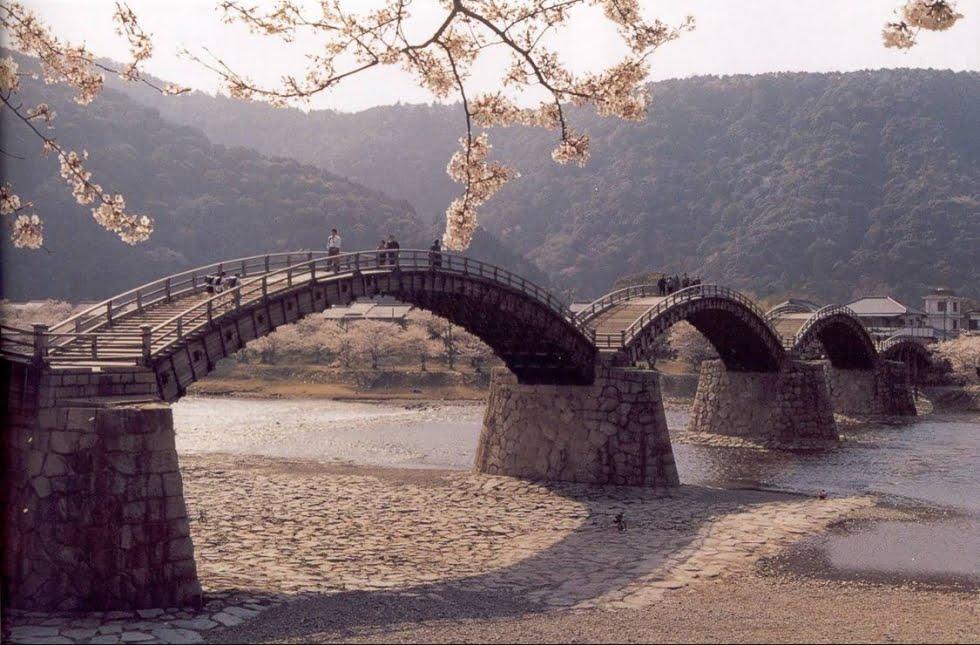 Ponte Kintai Japão