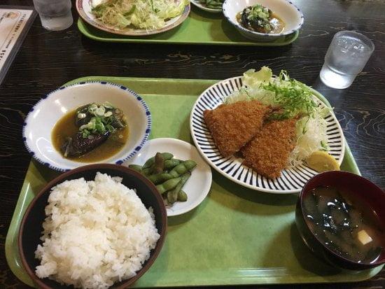 restaurante Teishokuya no Japão
