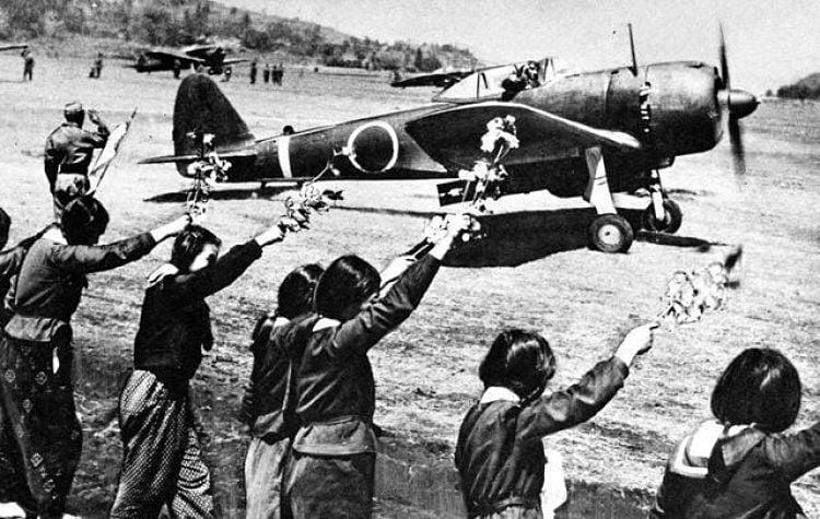 Kamikaze II guerra