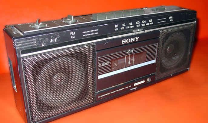 Aparelho de rádio da Sony
