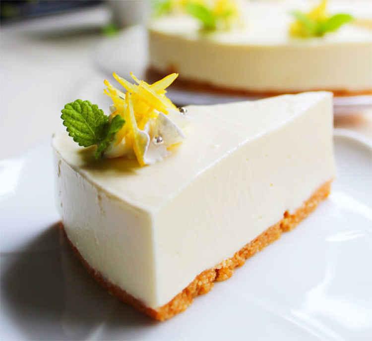 Pedaço de cheesecake de tofu