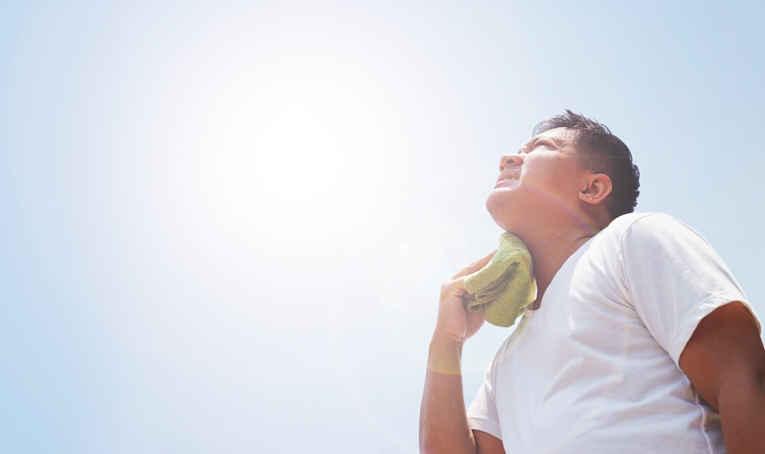 Homem debaixo do sol