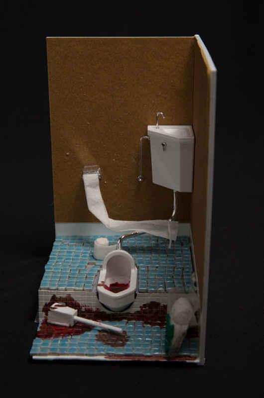 Miniatura banheiro de morte solitária